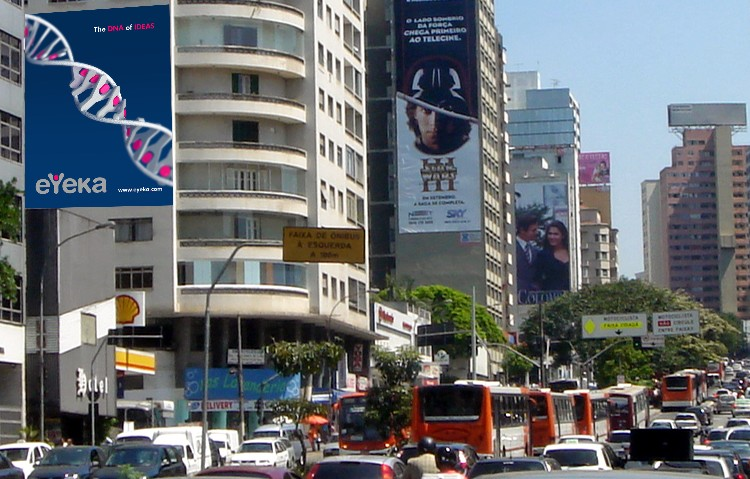 Carlos' winning eYeka poster (virtually) displayed in the streets of Sao Paolo